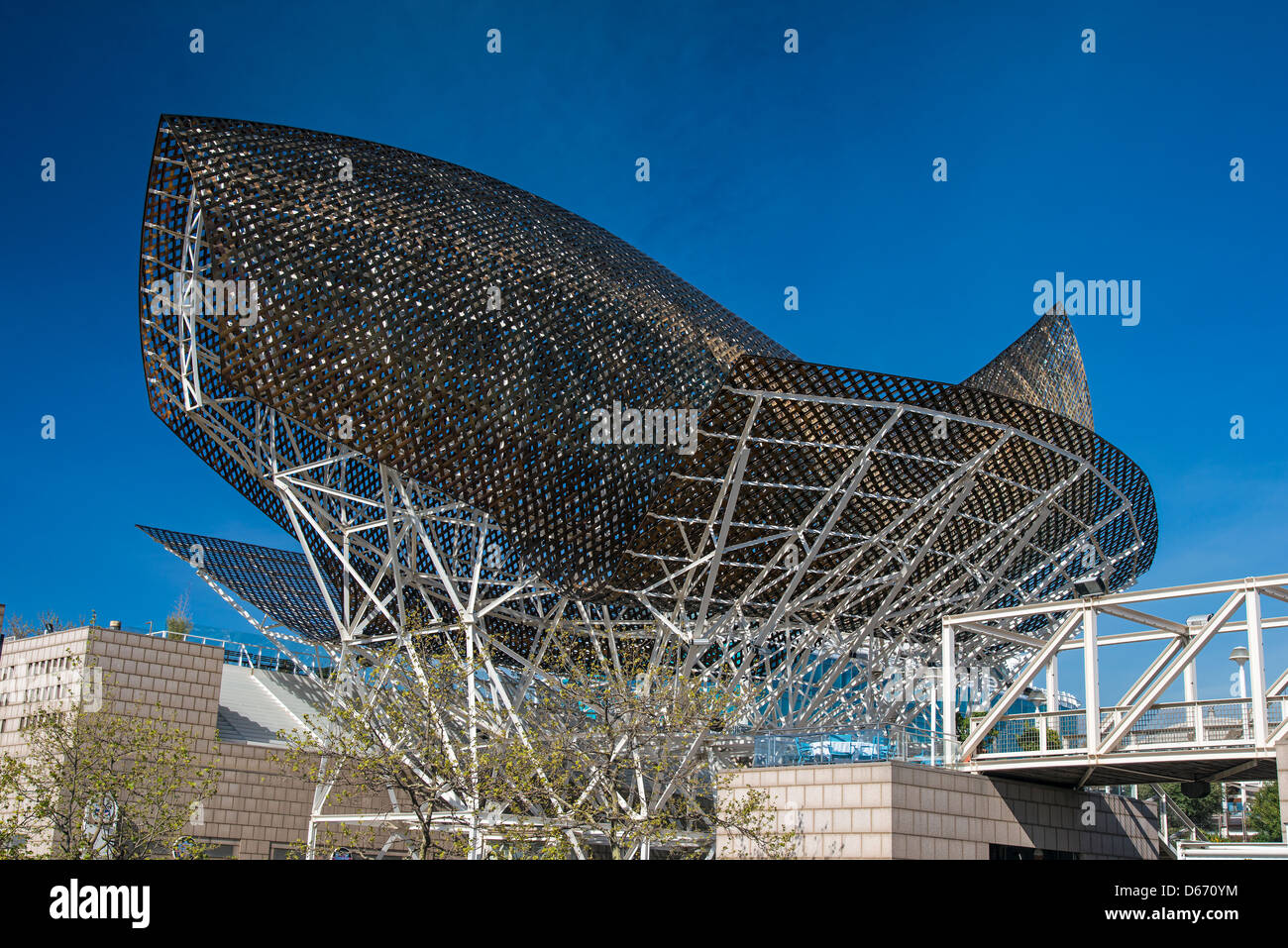 Peix Fish sculpture realized by Frank Gehry, Port Olimpic, Barcelona, Catalonia, Spain - Stock Image