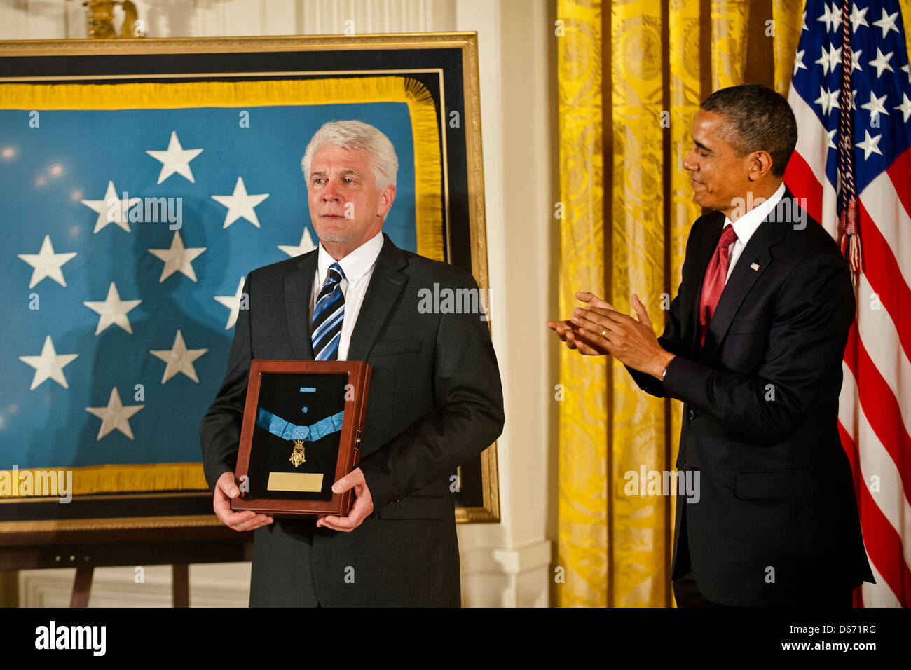 US President Barack Obama awards the Medal of Honor to US Army Chaplain Capt. Emil Kapaun, accepted posthumously - Stock Image