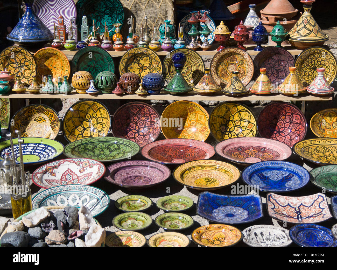 Ourika Valley, Morocco. Souvenir shop selling ceramic plates and tagines. - Stock Image