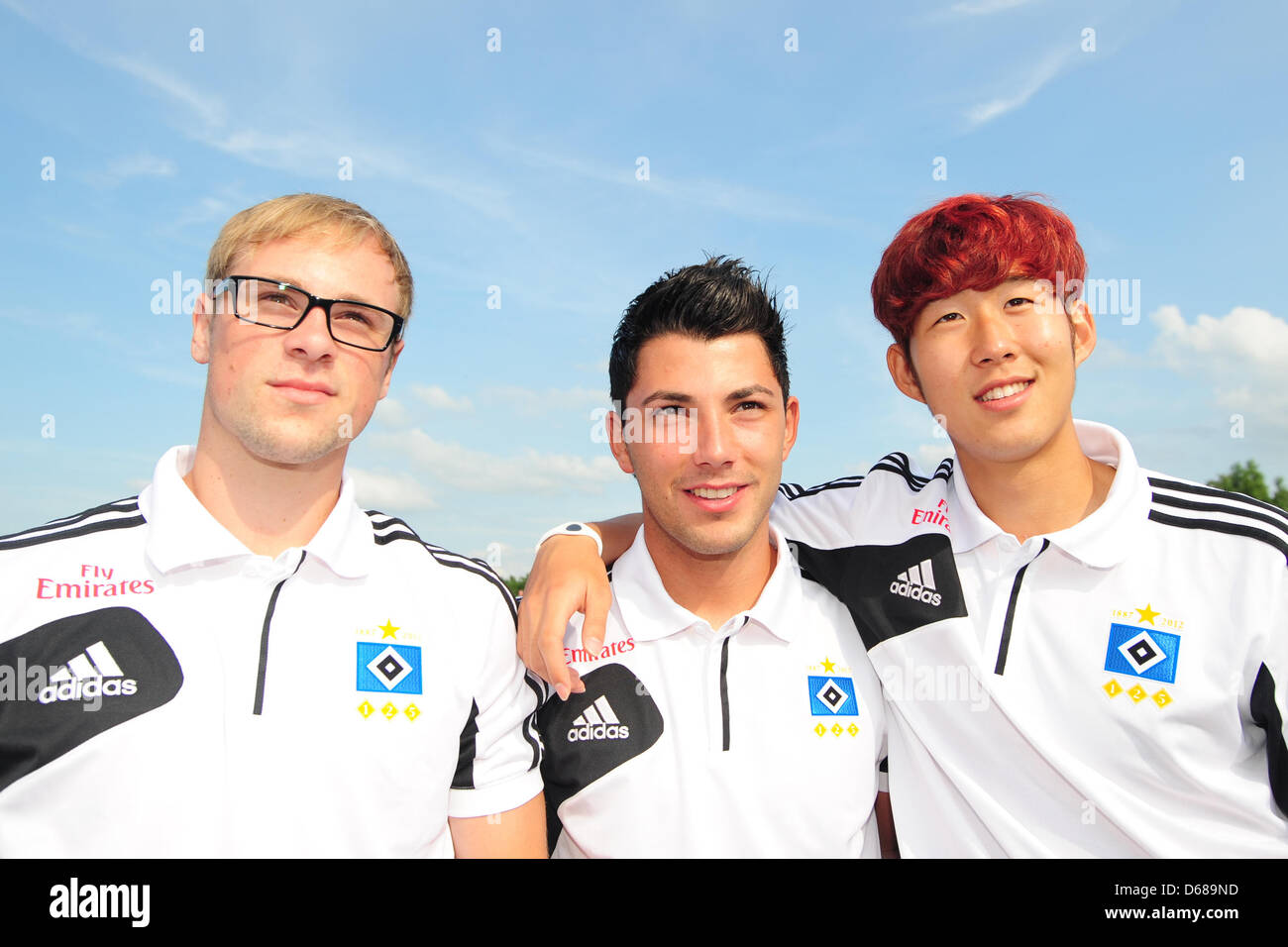During the fifth racing day of the 143rd Deutsches Derby, Maximilian Beister (L), Tolgay Arslan (C) and Heung-Min - Stock Image