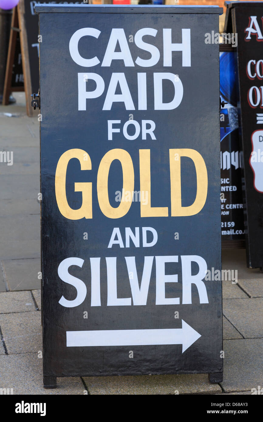 Cash paid for gold and silver sign outside a shop in England, UK, BritainBritain - Stock Image