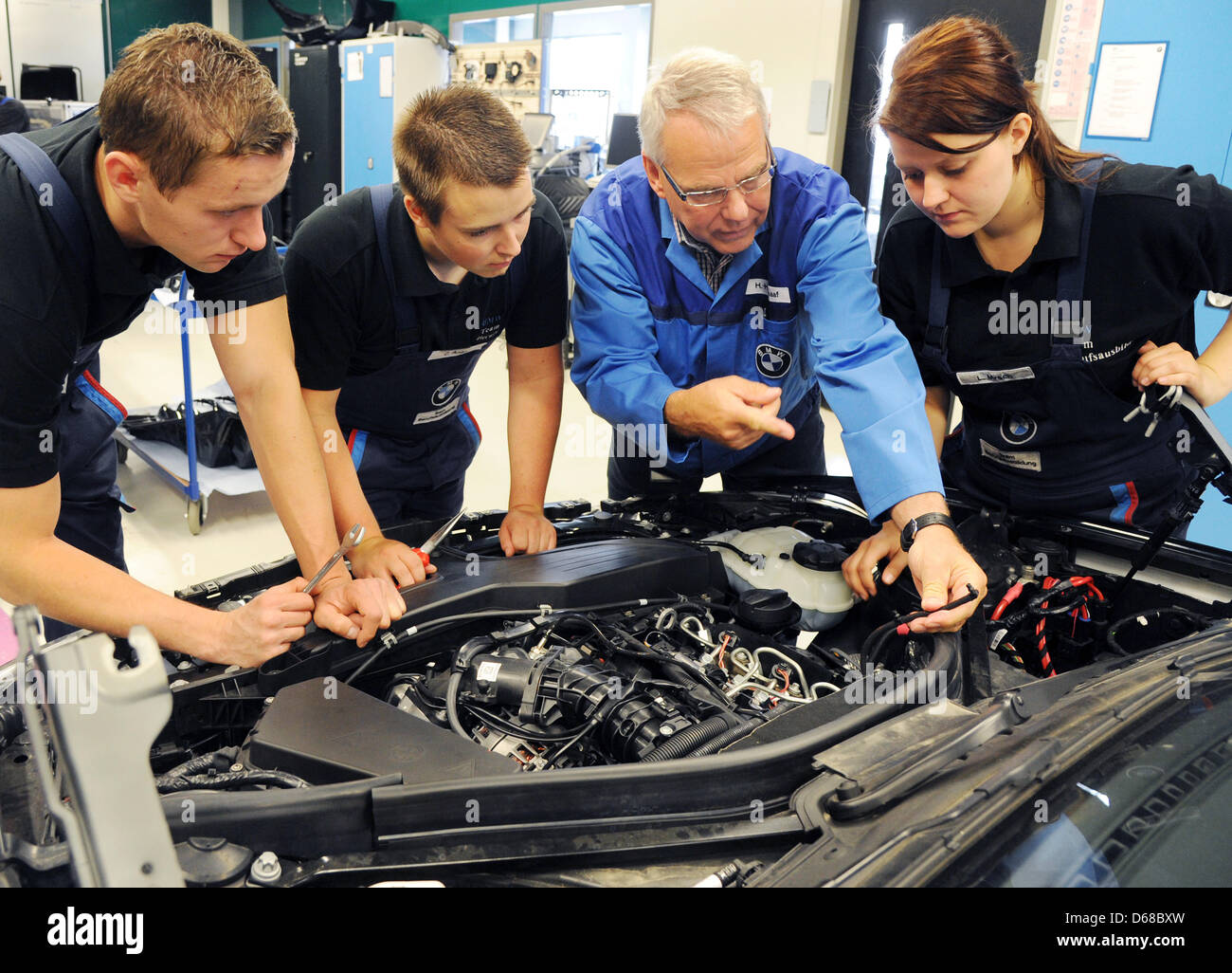 Bmw Factory Leipzig Stock Photos Amp Bmw Factory Leipzig Stock Images Alamy