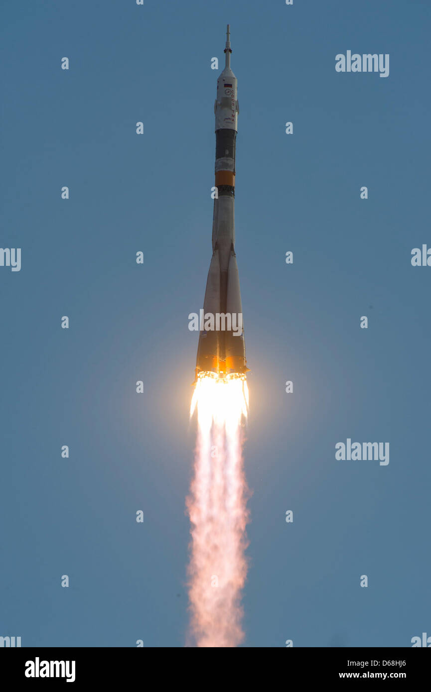 The Soyuz TMA-05M rocket launches from the Baikonur Cosmodrome in Baikonur, Kazakhstan, July 15, 2012. The rocket - Stock Image