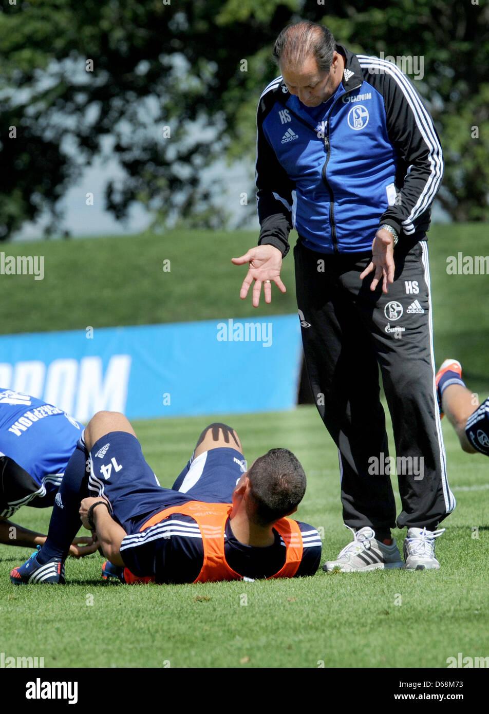 Schalke's head coach Huub Stevens takes part in practice at the training camp of FCSchalke 04 in Donaueschingen, - Stock Image