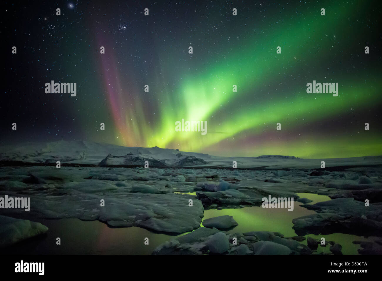 Aurora Borealis or Northern Lighs, over the Jokulsarlon, Iceland - Stock Image