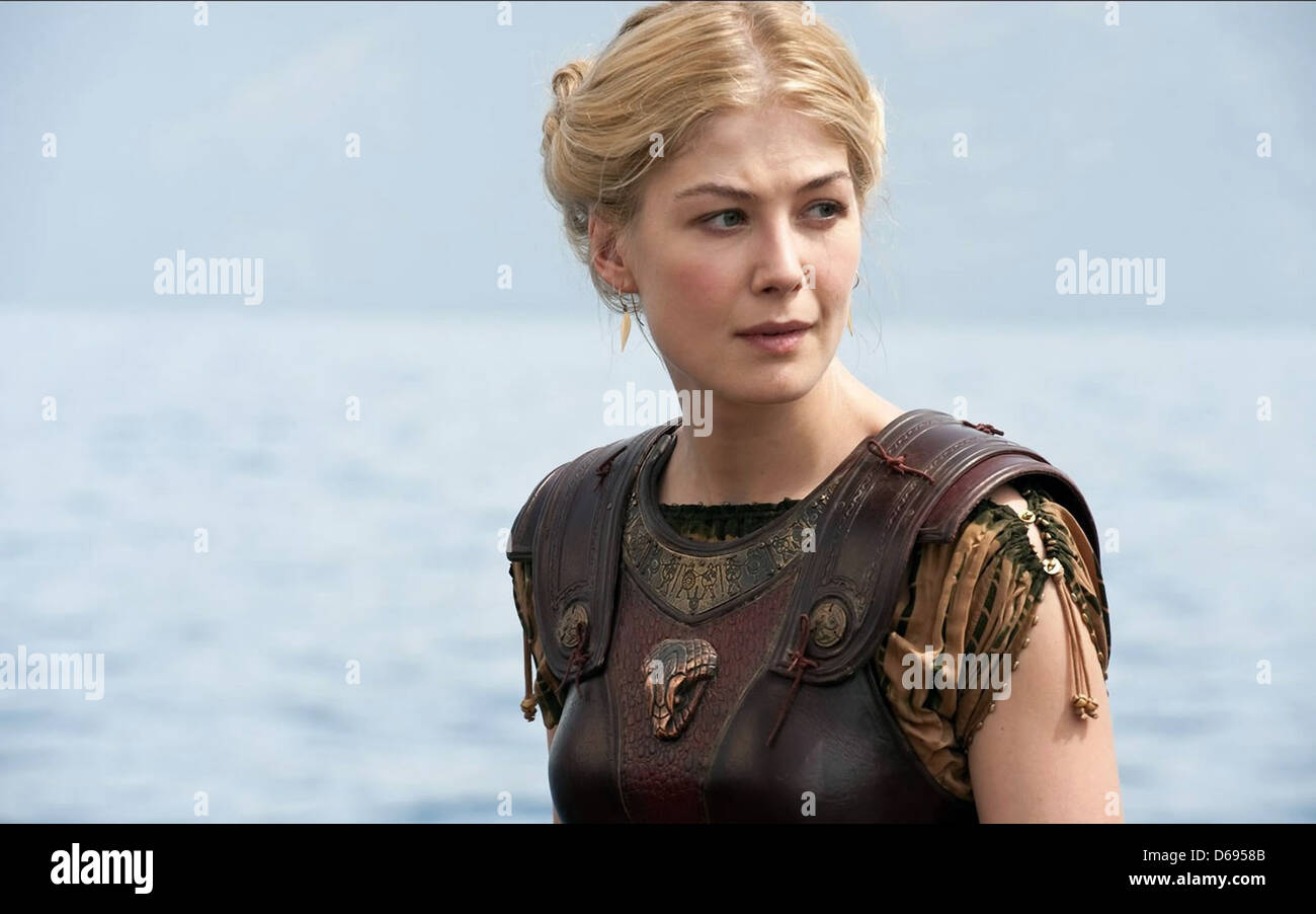 ROSAMUND PIKE WRATH OF THE TITANS (2012) Stock Photo