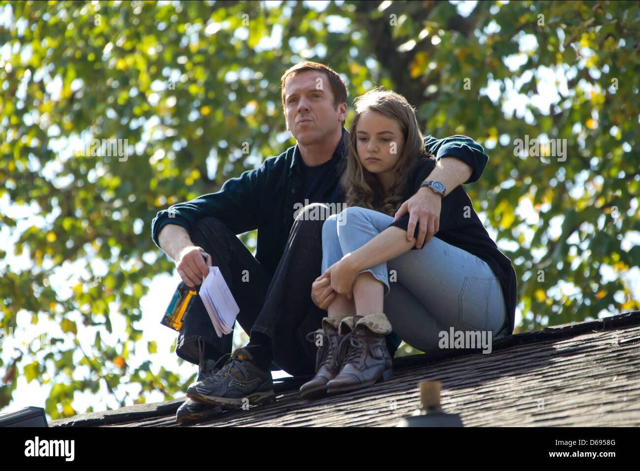 DAMIAN LEWIS & MORGAN SAYLOR HOMELAND (2011) - Stock Image
