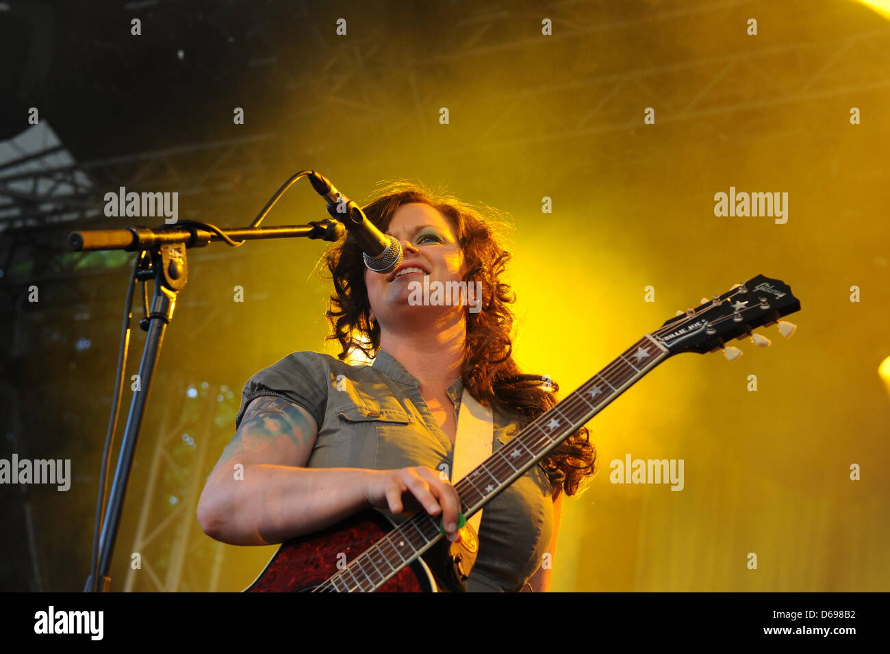Marianne Sveen of the Norwegian  folk-rock band Katzenjammer performs on stage in Cologne, Germany, 22 June 2012. - Stock Image