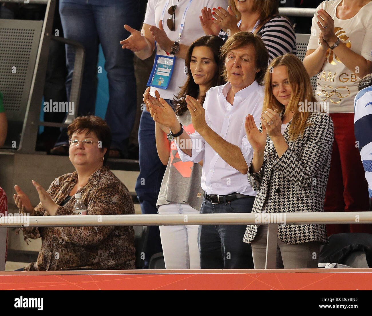Ex Beatles Sir Paul Mccartney C Attends With His Wife Nancy Stock Photo Alamy