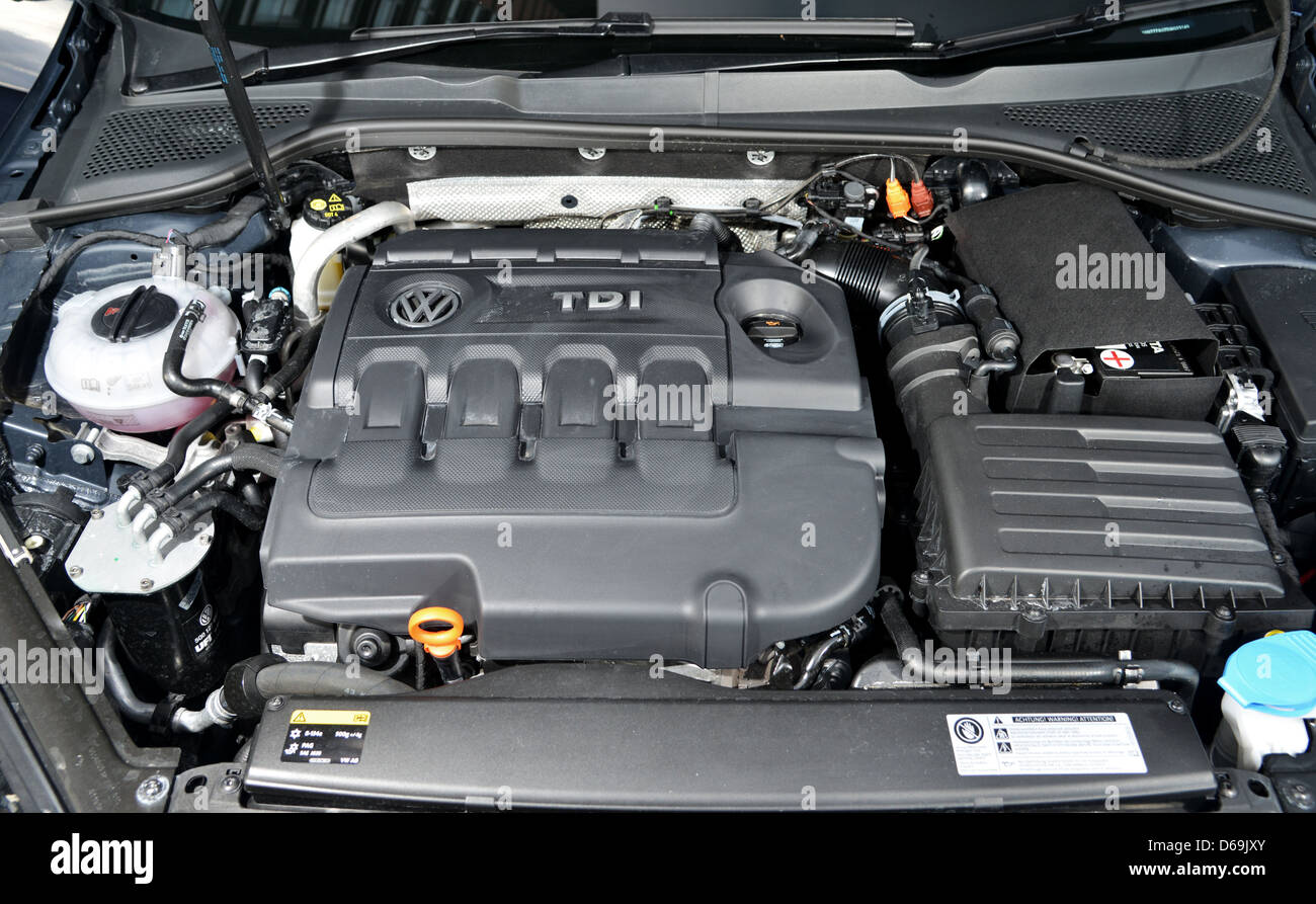 mk7 vw golf family car turbo diesel engine stock photo. Black Bedroom Furniture Sets. Home Design Ideas