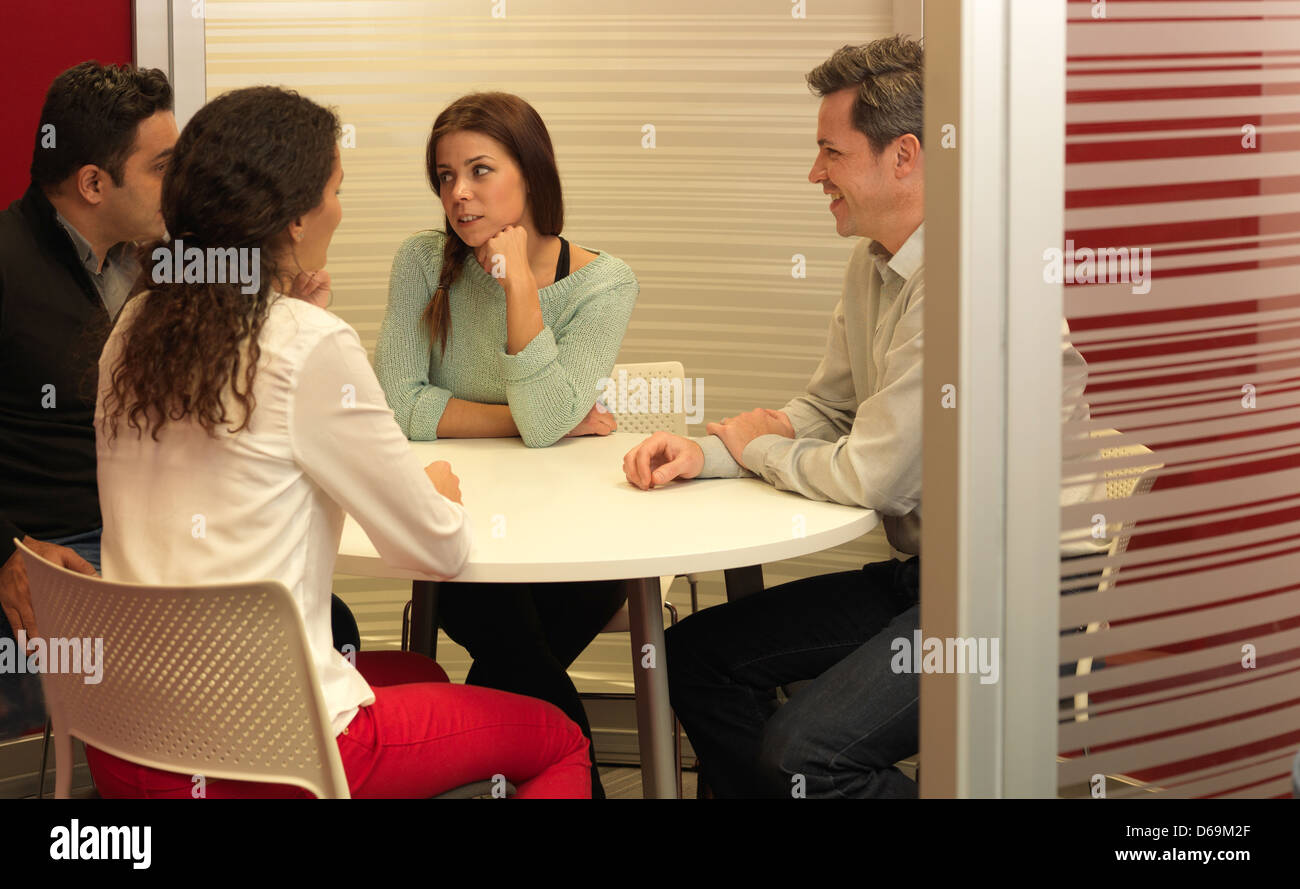 Business people talking in office - Stock Image