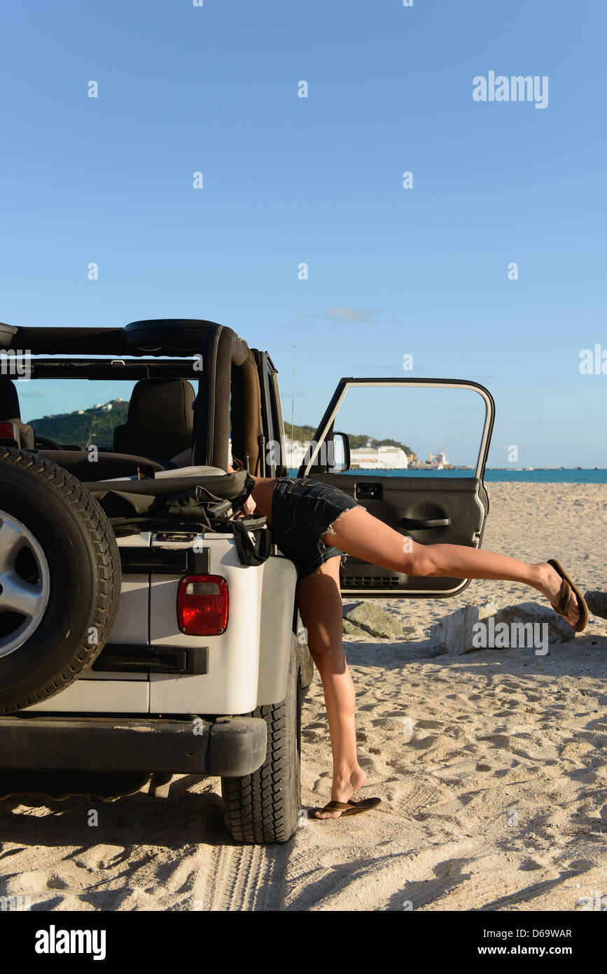 ivy-sex-nudist-jeep-people-pic-scary