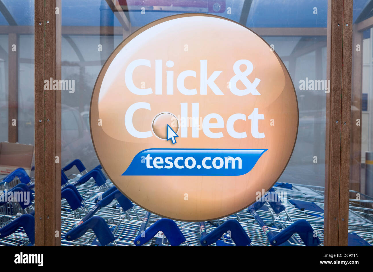 Click and Collect Tesco sign close up, UK - Stock Image