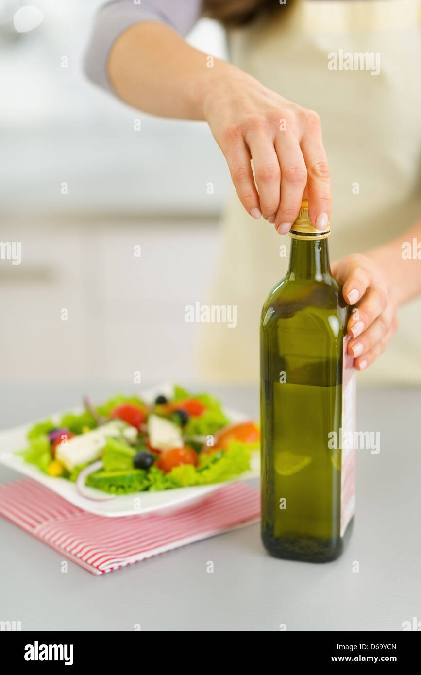 Add Oil Stock Photos & Add Oil Stock Images - Alamy