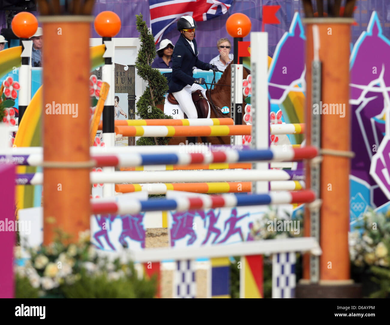 Dennis Bowsher of USA in action during the Men's Modern Pentathlon Riding Show Jumping event in Greenwich Park - Stock Image
