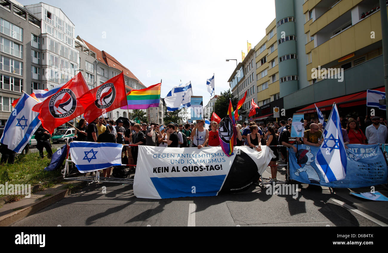 Counter-demonstrators protest against the international Quds Day under the motto 'Against anti-Semitism and - Stock Image