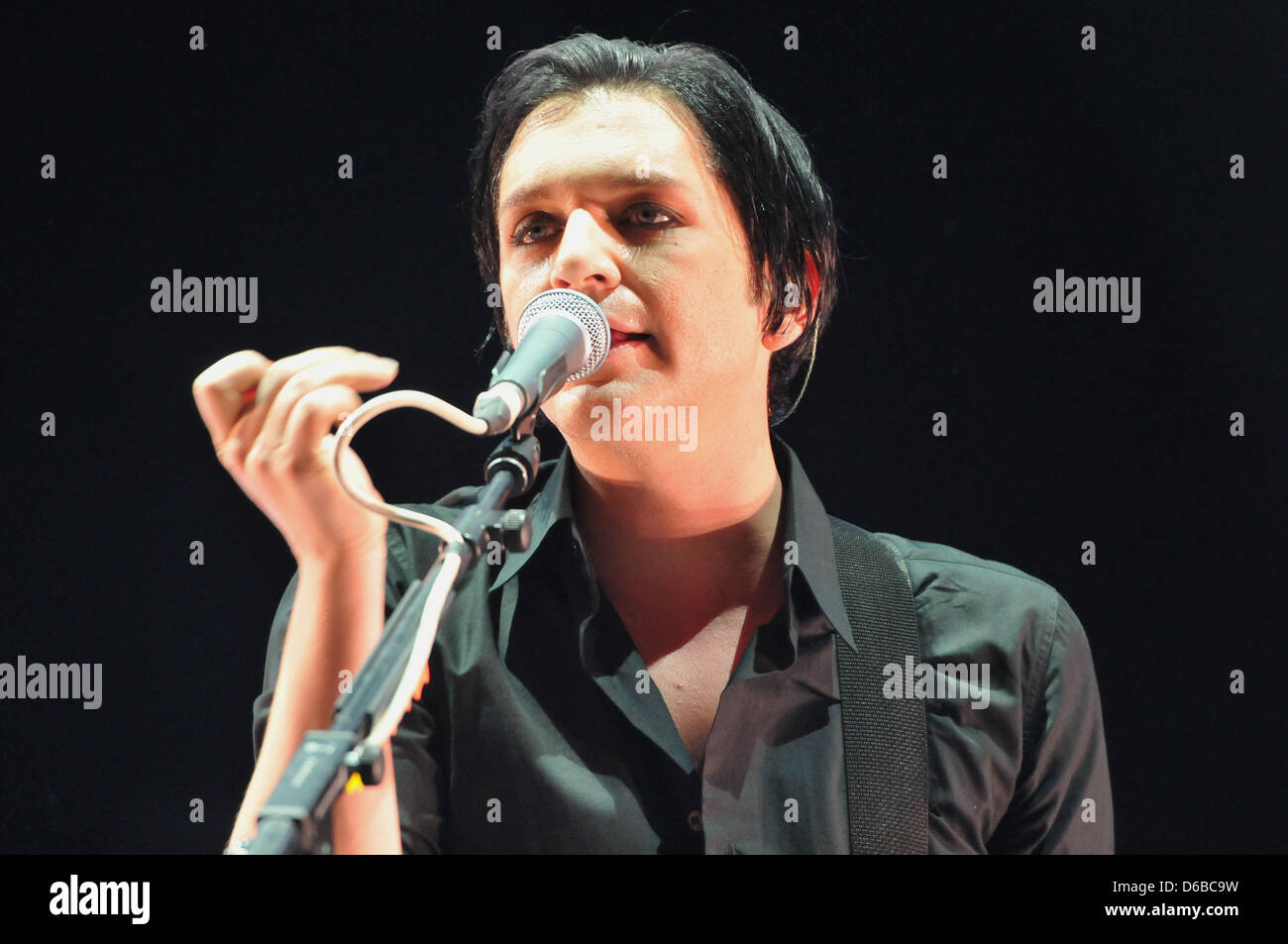 Brian molko wife