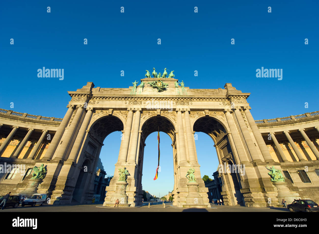 Arcade du Cinquantenaire, arch built in 1880 to celebrate 50 years of Belgian independence,  Belgium; Blue sky; - Stock Image