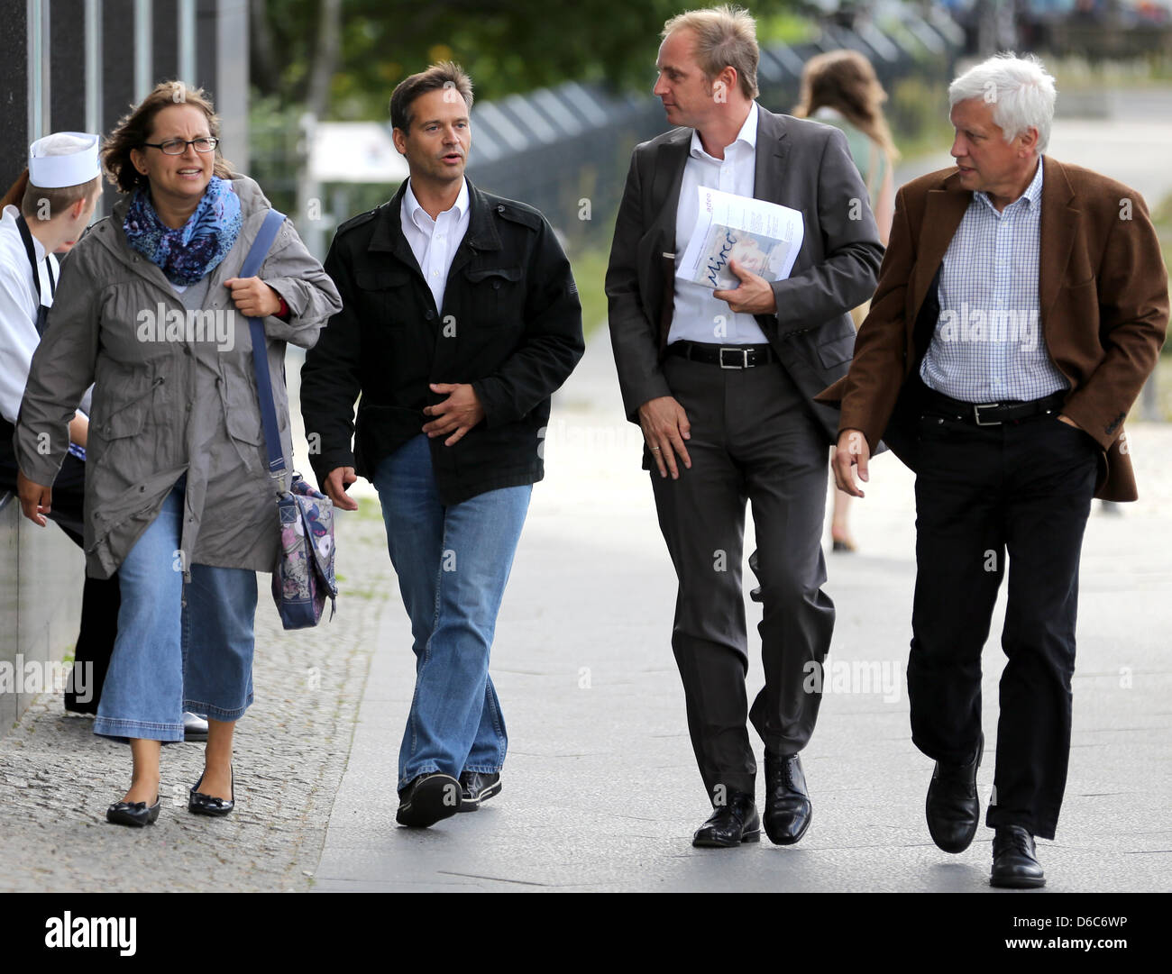 The parents of ten-year-old Mirco from Grefrath, who was murdered two years ago, Sandra und Reinhard Schlitter (L), - Stock Image