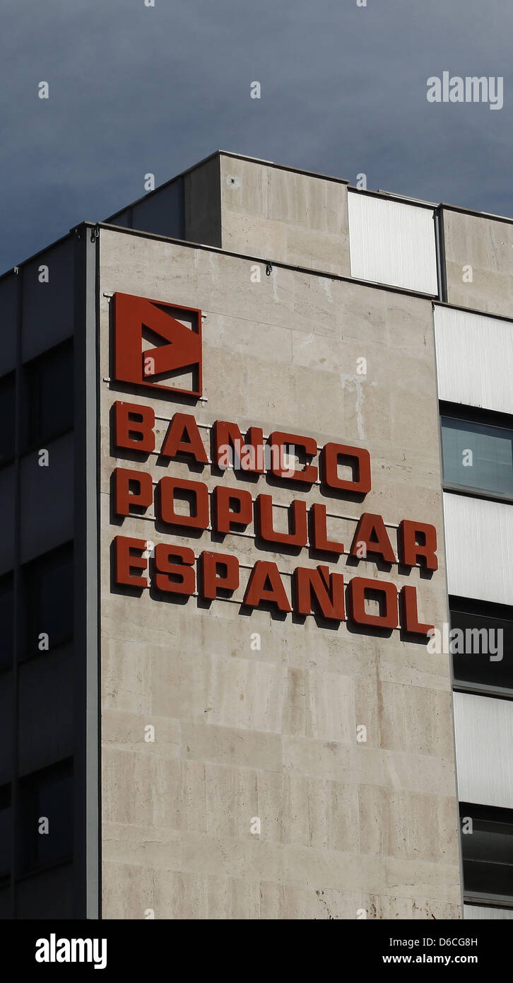 The headquarter of Banco Popular Espanol, photographed in Madrid on 15.04.2013. Photo: Fabian Stratenschulte - Stock Image