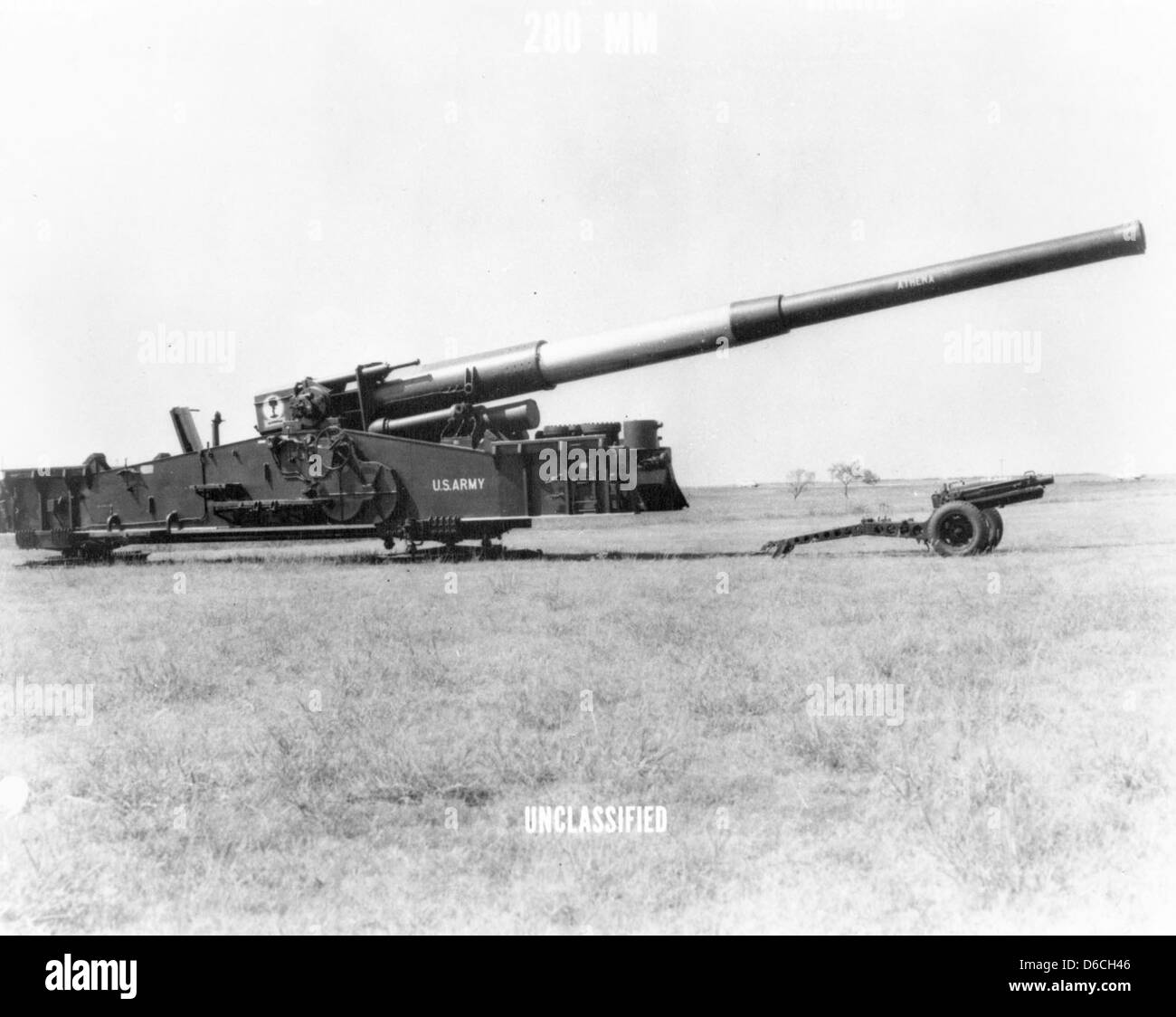 280 mm AFAP cannon on display Photo courtesy of DTRIAC Arm Stock Photo