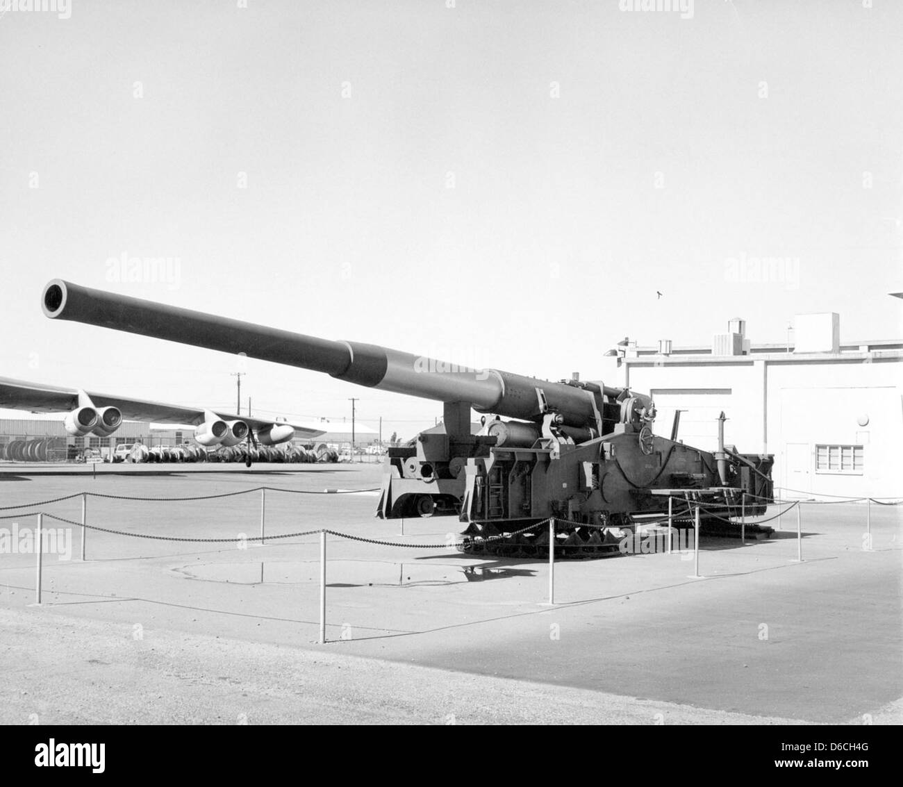 280 mm AFAP cannon on display Photo coutesy of DTRIAC Ar2 Stock Photo