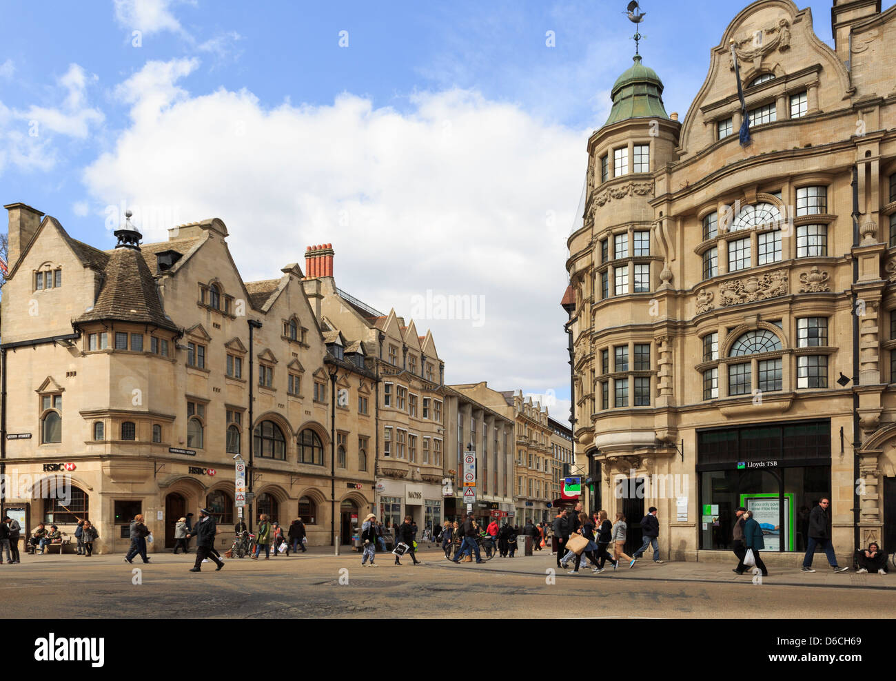 Oxford Oxfordshire England UK  HSBC and Lloyds TSB Banks on junction