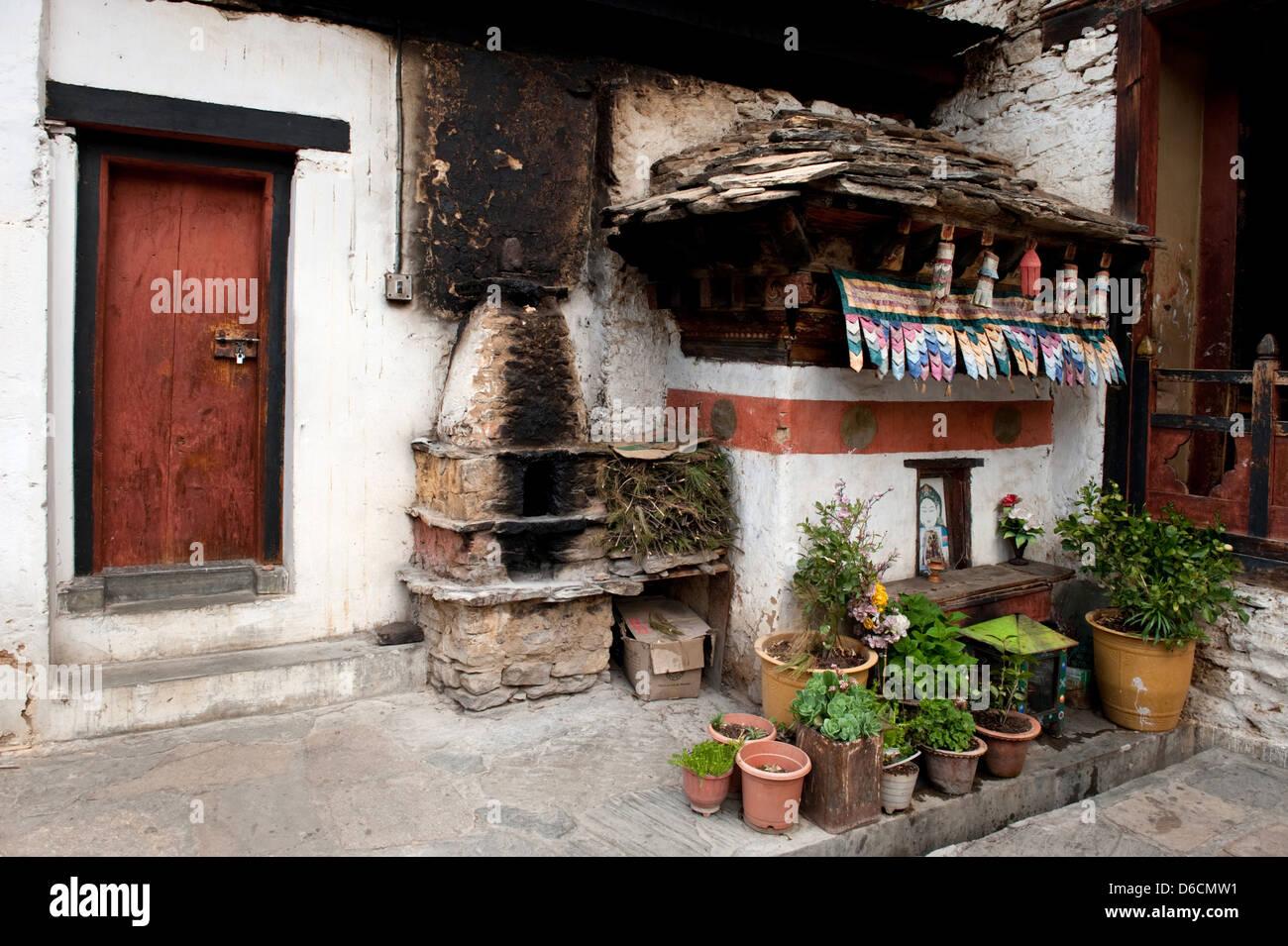 Thimphu, Bhutan, an old stove in Changangkha Lhakhang temple - Stock Image