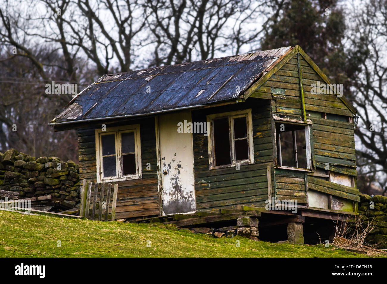 Ramshackled Summerhouse, Yorkshire, UK - Stock Image