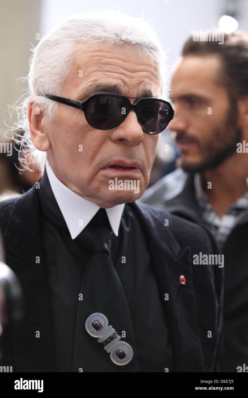 4065add14b German designer Karl Lagerfeld attends the presentation of Dior Homme  fall winter 2012 2013 collection during the Paris Men s fashion week