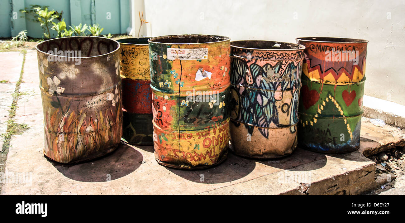 Graffiti in trash cans in Panama City - Stock Image