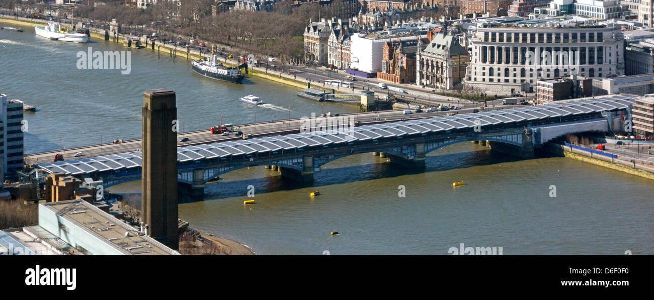 Aerial urban landscape Blackfriars Railway Bridge station roof with photovoltiac solar panels Blackfriars road bridge - Stock Image