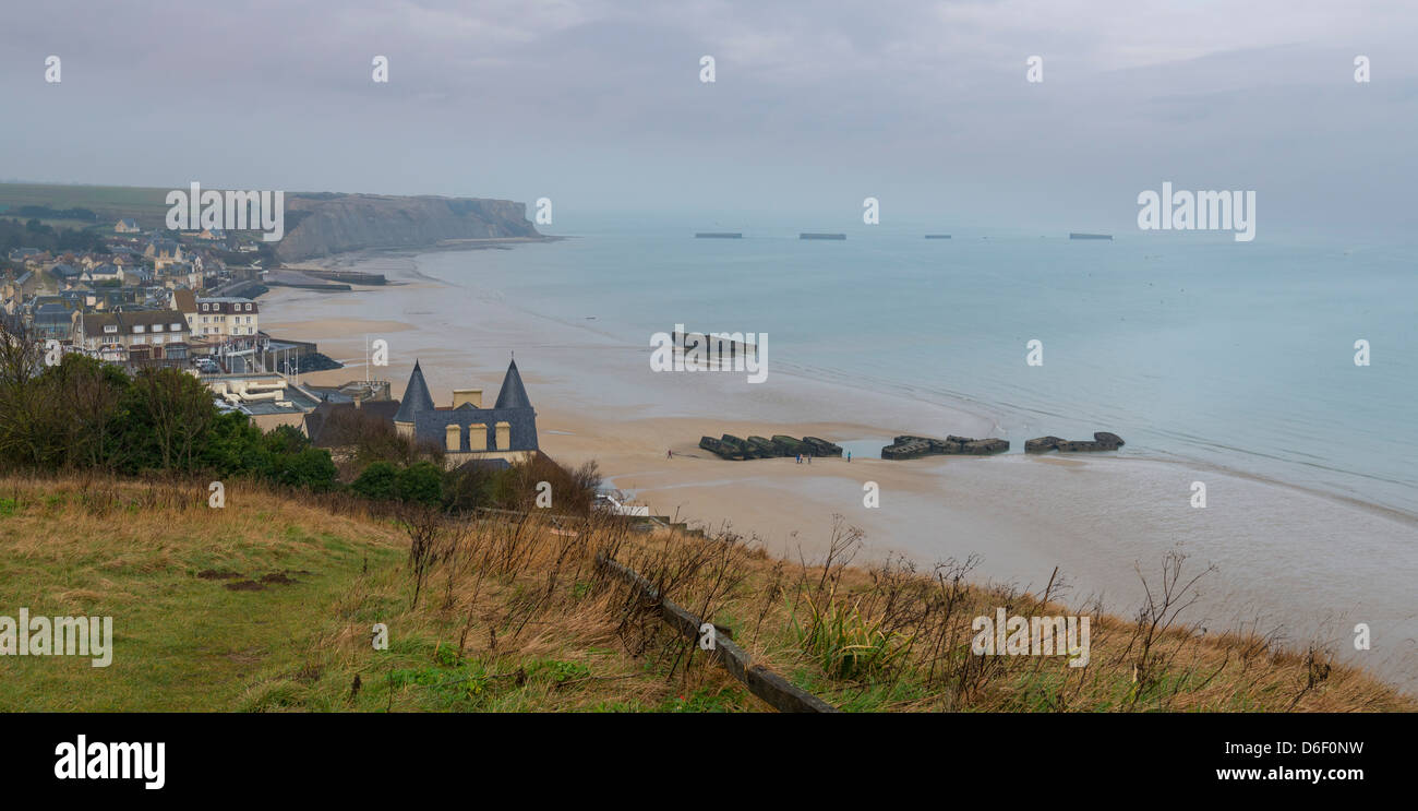 General view of the bay of Arromanches-les-bains, Calvados, Normandy, France. Or was built Mulberry harbor for the Stock Photo