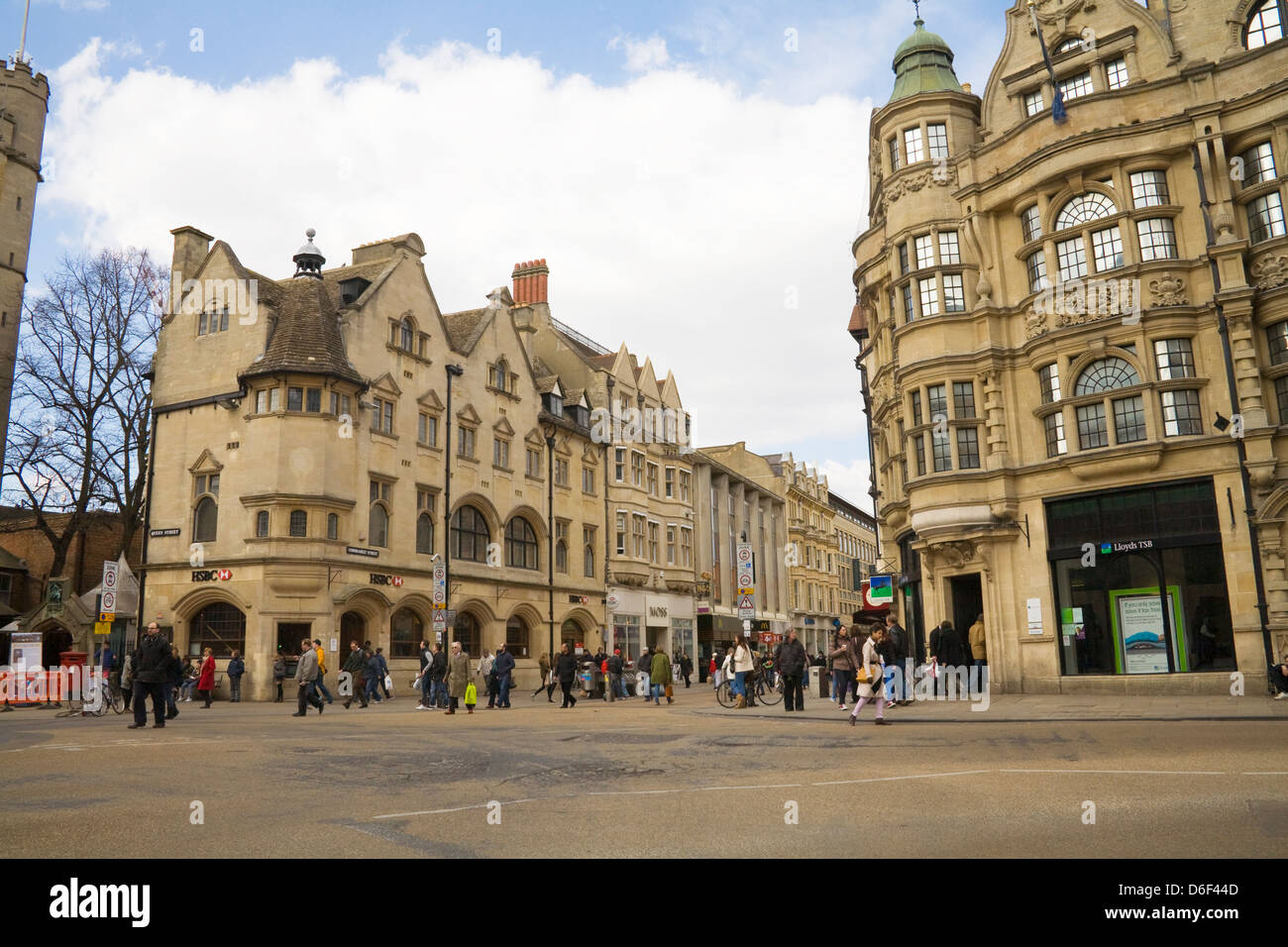 Oxford Oxfordshire HSBC and Lloyds Bank in historic buildings on