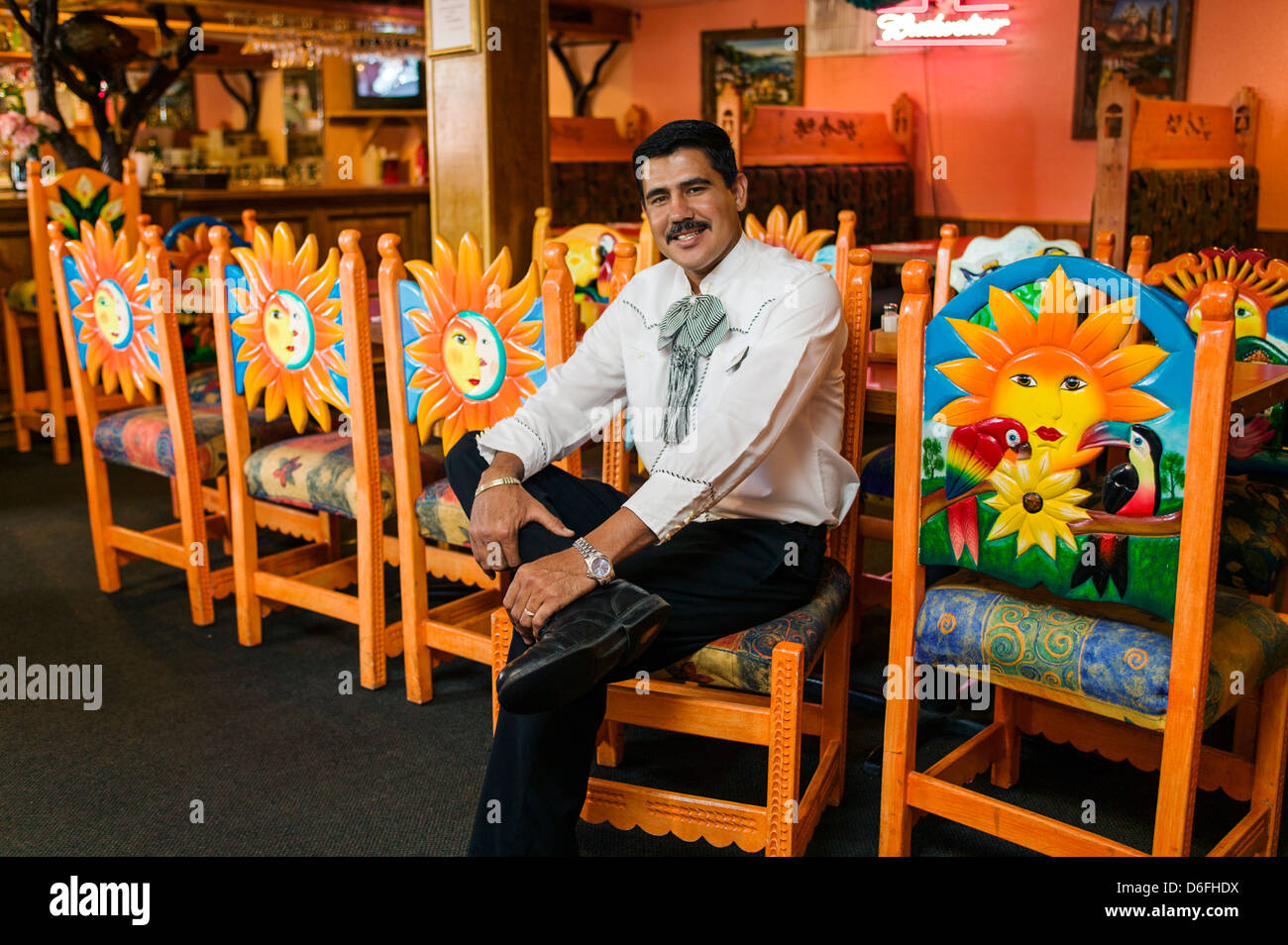 Male Mexican Waiter Photographed In Fiesta Mexicana Restaurant Stock Photo Alamy