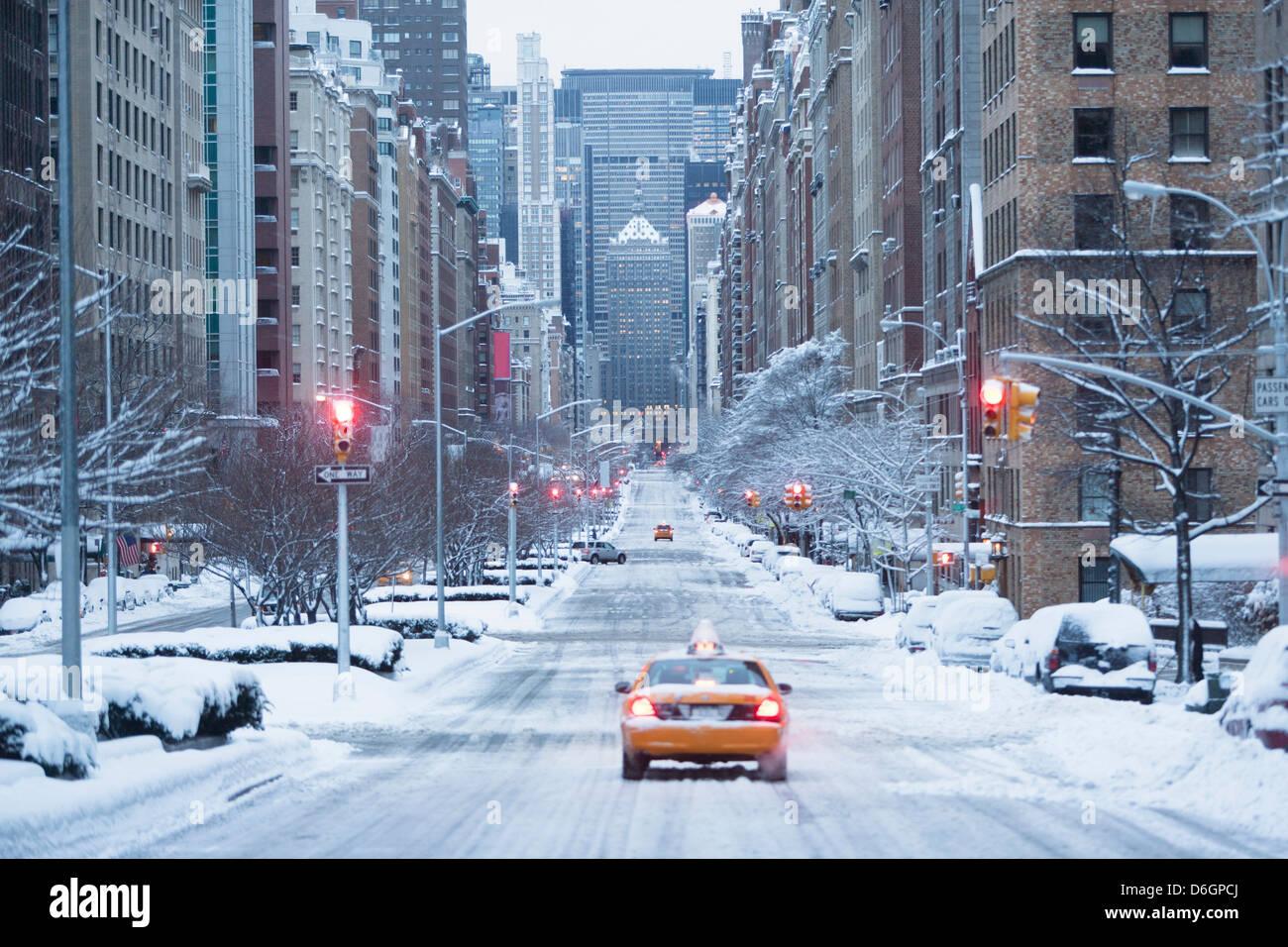 taxi on snowy city street stock photo 55687874 alamy