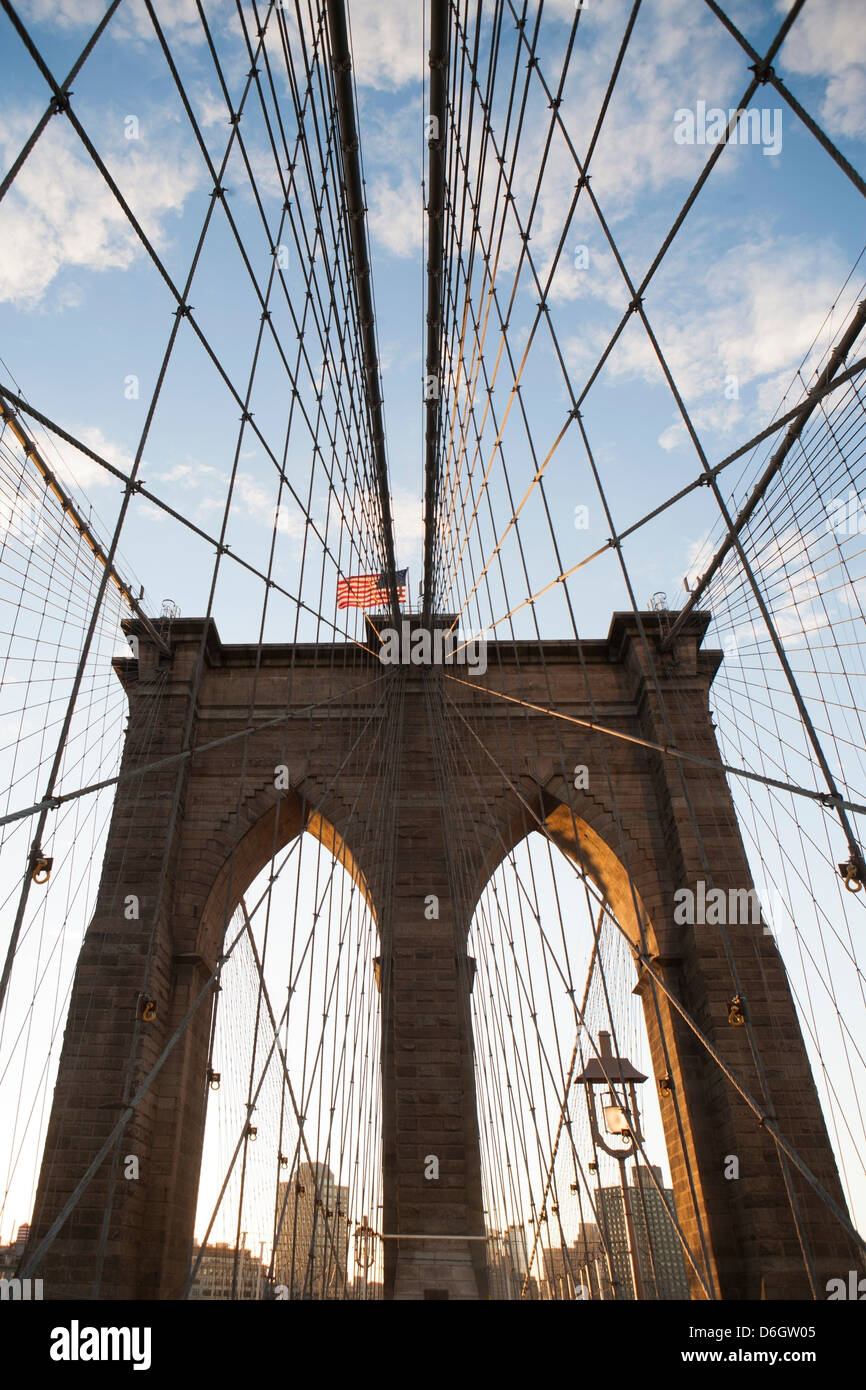 Brooklyn Bridge under blue sky - Stock Image
