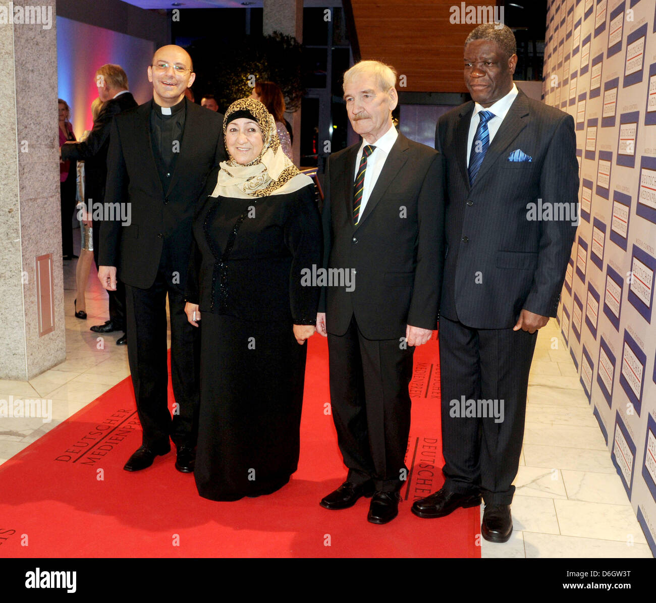 The recipients of the 2011 German Media Prize, Evangelical pastor Mitri Raheb, Afghanistan education expert Sakena - Stock Image