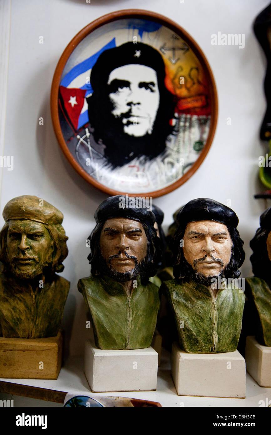 Souvenirs at market and shops, Cuban city of Havana, La Habana, Cuba, South America, Latin America. Che Guevara - Stock Image