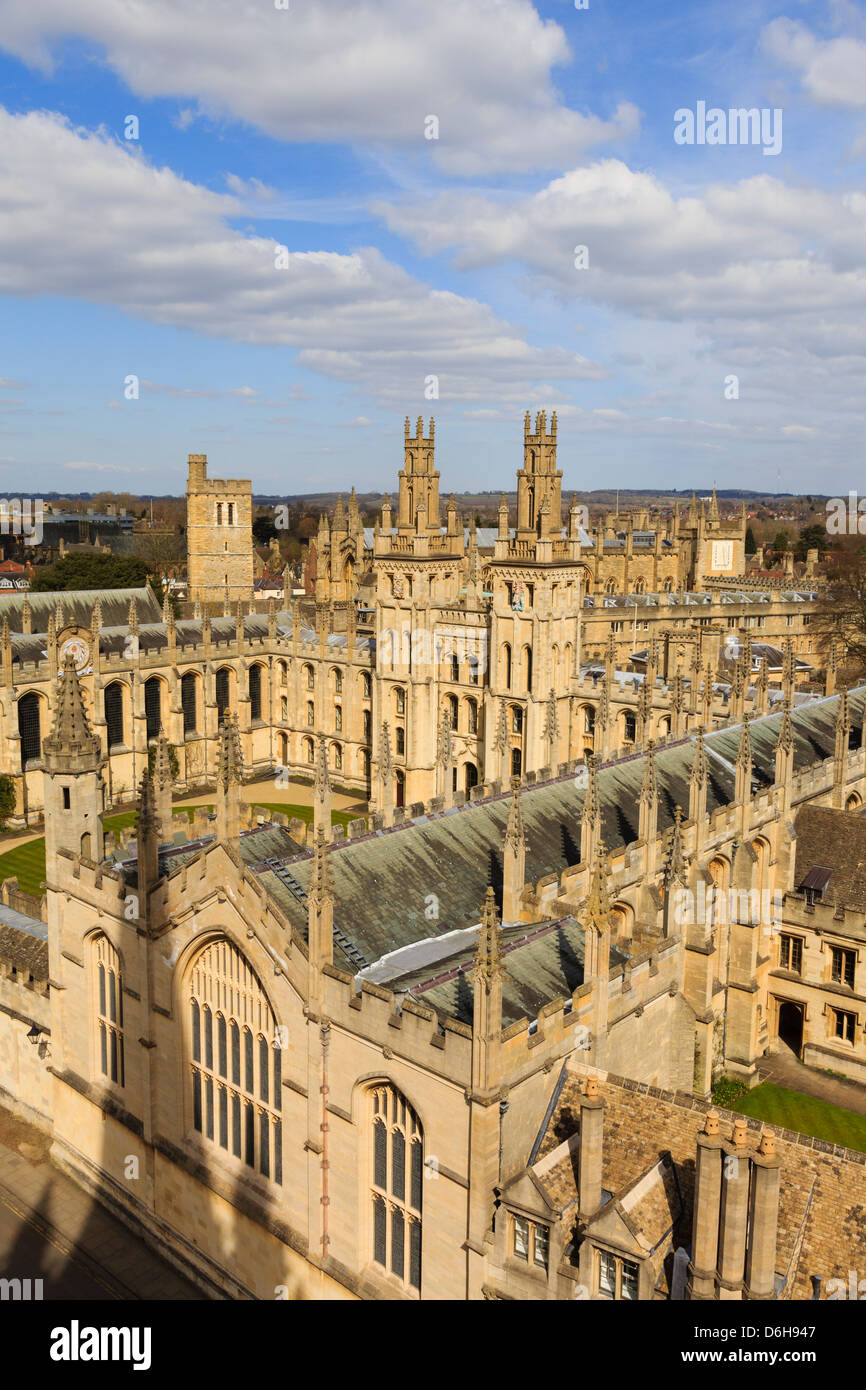 Oxford, Oxfordshire, England, UK. High view of All Souls College with Hawksmoor towers overlooking the quadrangle - Stock Image