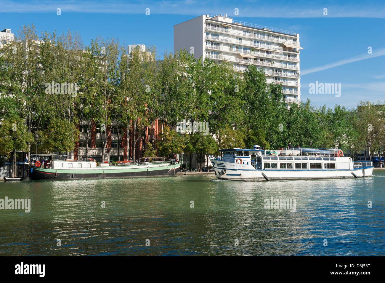 Bassin de la Villette, Paris, France, Europe - Stock Image