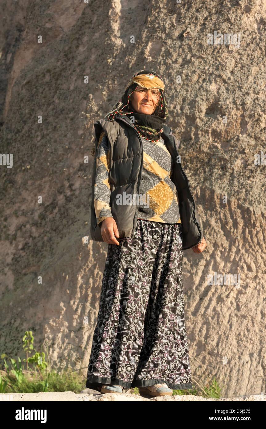 Turkish woman, Uchisar, Cappadocia, Turkey, Asia Minor, Eurasia - Stock Image