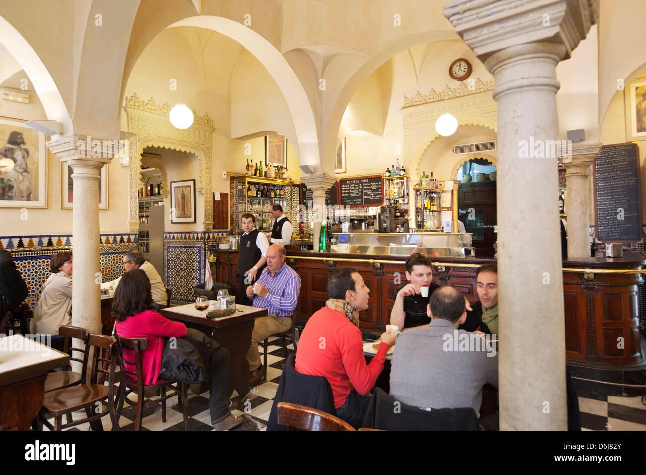 Bar Giralda (Calle Mateos Gago 1) set in Moorish bathouse, Seville, Andalucia, Spain, Europe - Stock Image