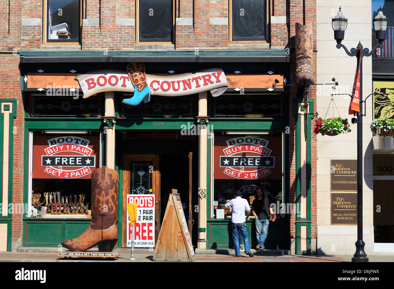 Boot store on Broadway Street, Nashville, Tennessee, United States of America, North America - Stock Image