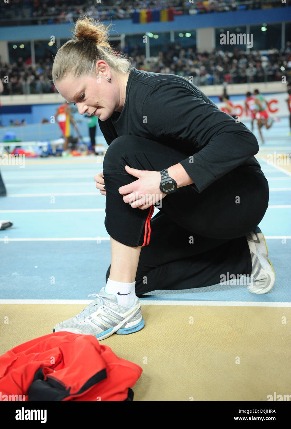 German athlete Nadine Kleinert competes in the women's shot put final at the IAAF World Indoor Championships - Stock Image