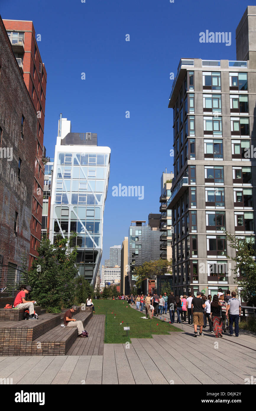 High Line Park, elevated public park on former rail tracks, Manhattan, New York City, United States of America, Stock Photo