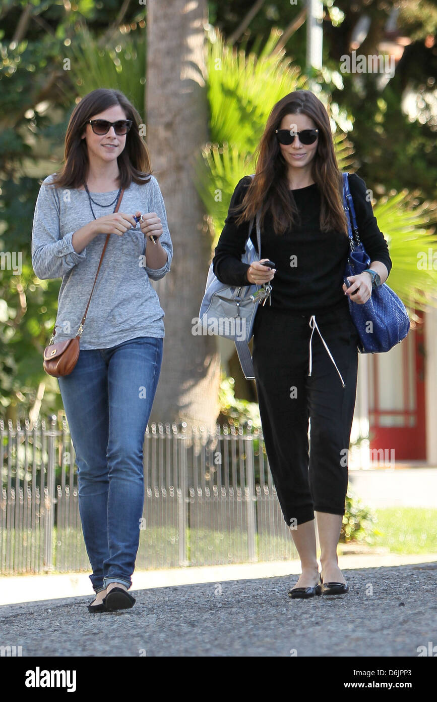pictures Jessica biel went out for a lunch in santa monica 262019