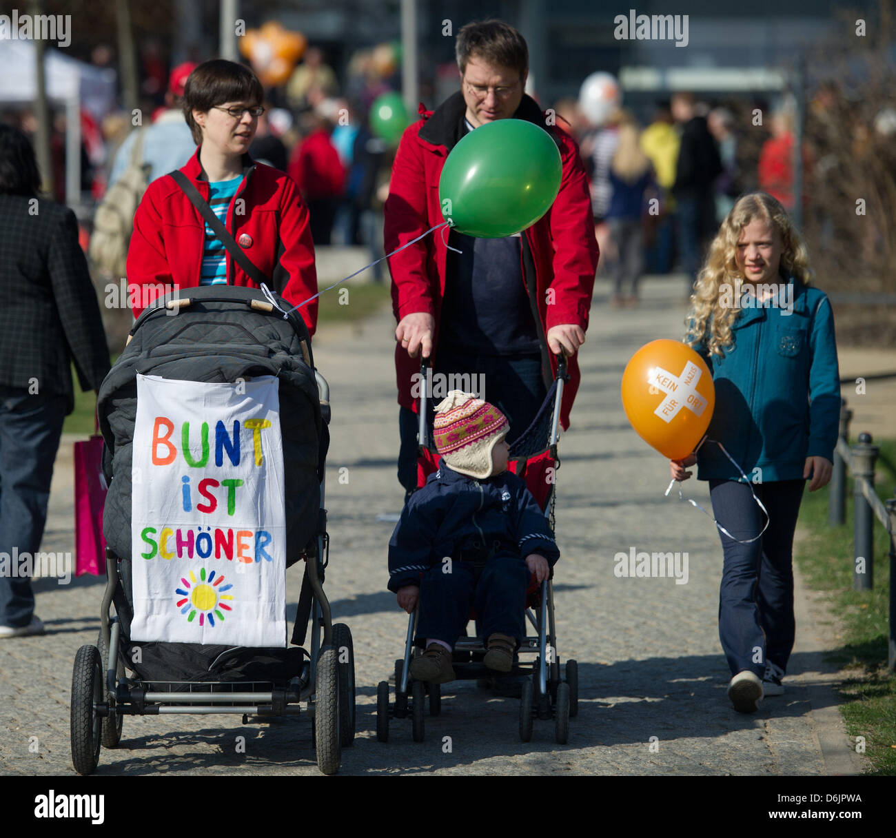 Familie Gumprecht protest against a neo-Nazi march in the city centre of Frankfurt (Oder), Germany, 24 March 2012. - Stock Image