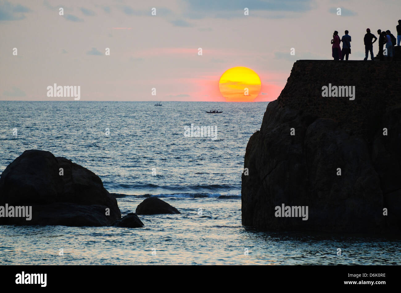 Sunset on the Indian Ocean, Galle, Southern Province, Sri Lanka, Asia - Stock Image