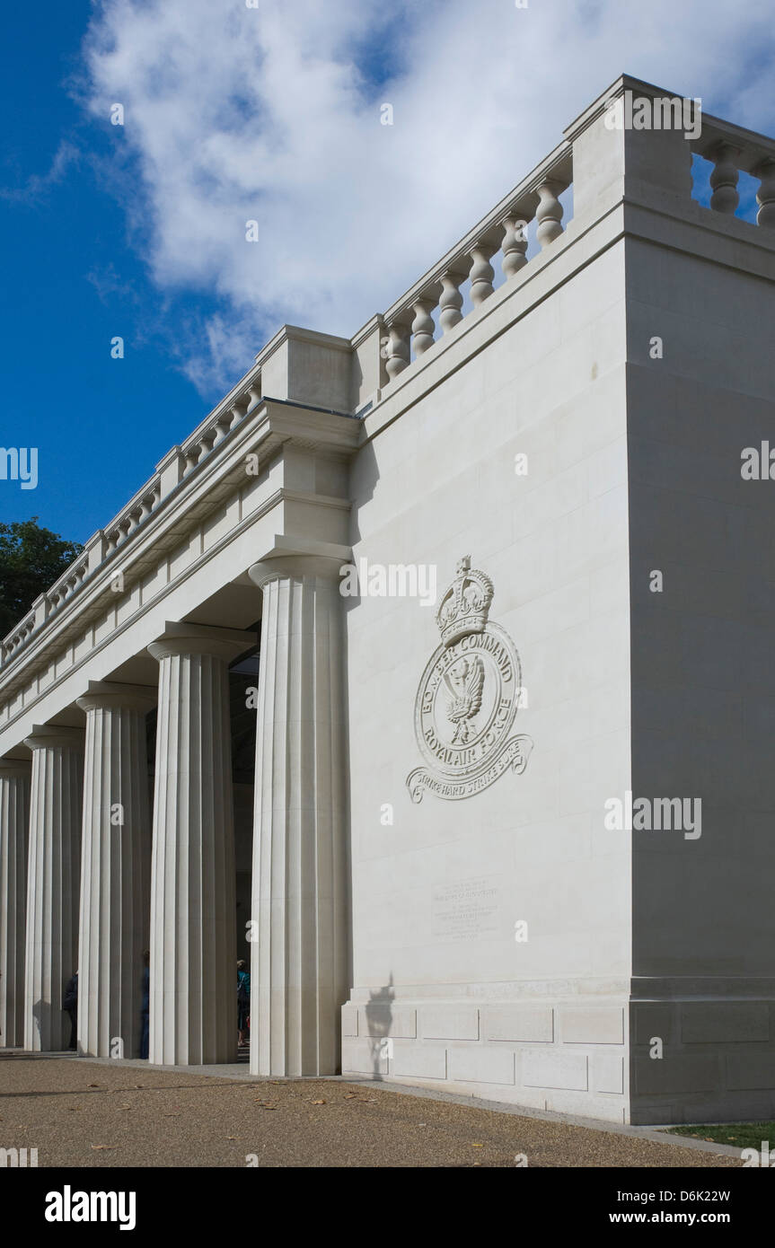 The Royal Air Force Bomber Command Memorial, Green Park, Piccadilly, London, England, United Kingdom, Europe - Stock Image